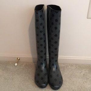 Shoes - Rain boots! ☔️🌧⛈🌦☂️